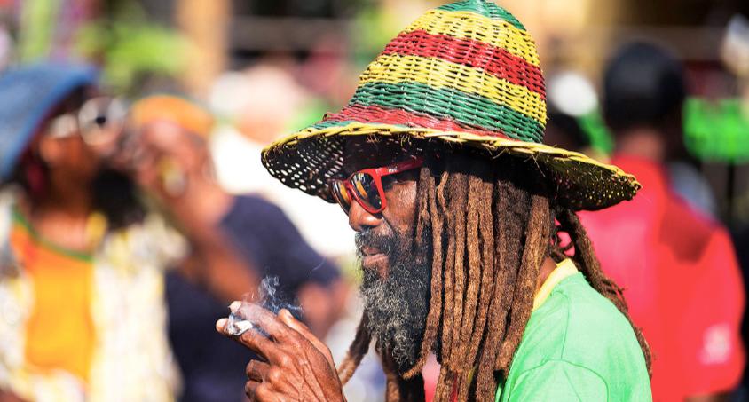Ma in Giamaica la ganja è legale?