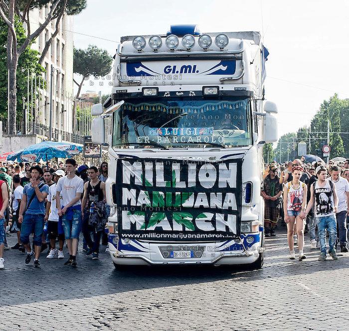 Millionmarijuanamarch 12